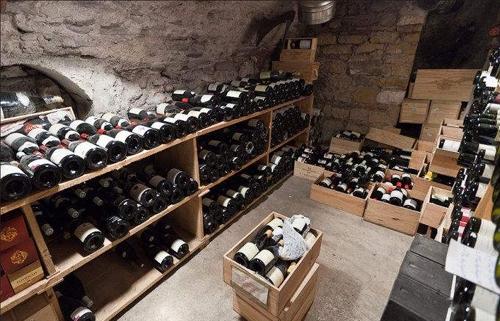 山東招商代理紅酒